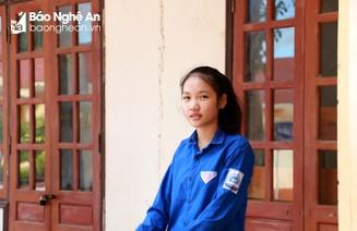 Điểm 10 duy nhất môn Ngữ văn ở Nghệ An là học sinh giỏi môn Sinh, Hóa