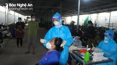 TP Vinh: Lấy mẫu xét nghiệm gần 600 người liên quan chợ Hưng Dũng vì có F0 mua hàng tại chợ