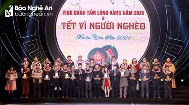 Trang trọng chương trình Vinh danh tấm lòng vàng vì cộng đồng và Tết vì người nghèo Xuân Tân Sửu
