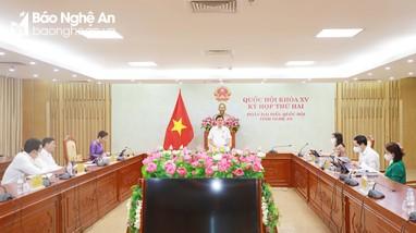 Đoàn đại biểu Quốc hội tỉnh Nghệ An tiếp tục cho ý kiến vào các dự án luật