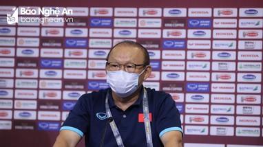 HLV Park Hang-seo: Tuyển Việt Nam sẽ chơi hết mình trước UAE