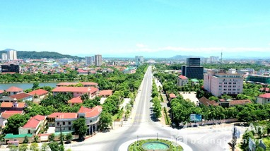 Những cung đường thành Vinh ngày cách ly xã hội nhìn từ flycam