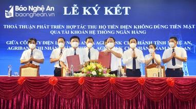 Ký kết hợp tác giữa Công ty Điện lực Nghệ An và các chi nhánh Ngân hàng Agribank tại Nghệ An