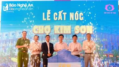 Cất nóc chợ Kim Sơn - Hành trình mới của thịnh vượng