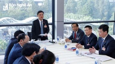 Đoàn đại biểu Nghệ An đóng góp nhiều ý kiến tâm huyết vào các báo cáo trình Đại hội XIII của Đảng