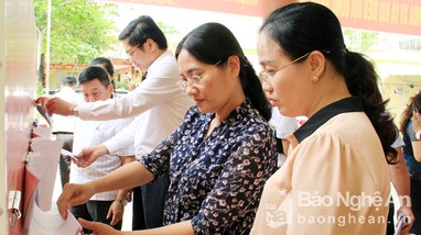 Kiểm tra, rà soát công tác chuẩn bị bầu cử tại huyện Nghĩa Đàn