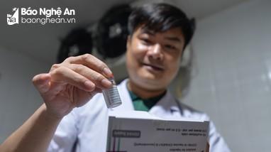 Nghệ An chính thức tiếp nhận lô vắc-xin Covid - 19 đầu tiên