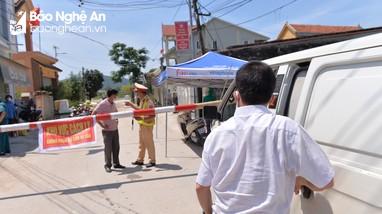 Nghệ An huy động lực lượng lớn cán bộ y tế tham gia chống dịch tại Hoàng Mai