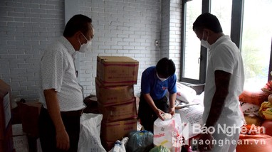 Yên Thành nấu cơm miễn phí cho hàng nghìn người cách ly tập trung