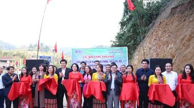 Đồng chí Nguyễn Văn Thông dự lễ khánh thành cầu vượt lũ ở Con Cuông