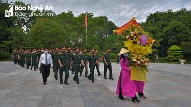 Bộ Tư lệnh Quân khu 4, Bộ CHQS tỉnh Nghệ An tưởng niệm Chủ tịch Hồ Chí Minh và các anh hùng liệt sỹ