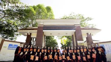 Kỳ tích về trúng tuyển đại học trên miền đất Phủ Quỳ