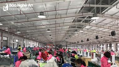 Vì sao hàng nghìn công nhân may ở Diễn Châu đình công?