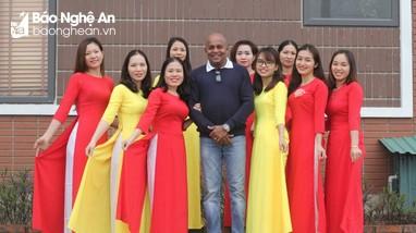Tôn vinh vẻ đẹp lao động nữ ở Nghệ An