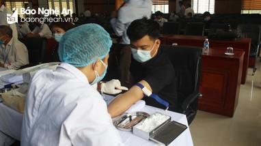 Xét nghiệm tầm soát ung thư gan miễn phí cho đoàn viên Công đoàn Viên chức Nghệ An