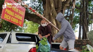 Các cơ sở tôn giáo chung tay hỗ trợ người dân vùng dịch