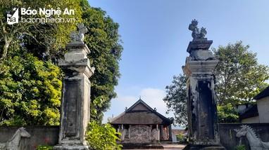 Độc đáo ngôi đình cổ thờ Vua Mai