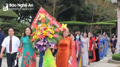 Hiệp hội Bất động sản tỉnh Nghệ An dâng hương tưởng niệm Chủ tịch Hồ Chí Minh