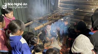 Nhiều trường ở miền núi Nghệ An nghỉ học do giá rét