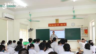 Nghệ An: Chủ động ôn thi online cho lớp 12 phòng dịch Covid-19