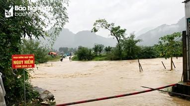 Nghệ An: Tùy diễn biến bão số 8, các trường có thể chủ động cho học sinh nghỉ học