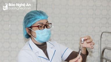 Ngành giáo dục Nghệ An đề nghị tiêm vắc-xin cho hơn 300.000 học sinh toàn tỉnh