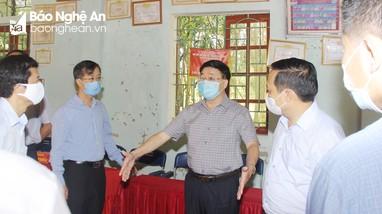 Phó Bí thư Thường trực Tỉnh ủy kiểm tra công tác chuẩn bị bầu cử tại huyện Quỳ Châu
