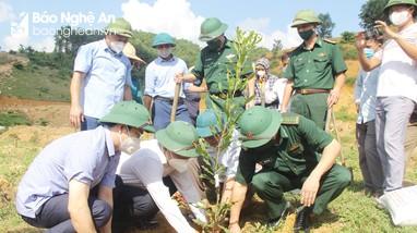 Lễ ra quân hưởng ứng chương trình trồng 1 tỷ cây xanh 'Vì một Việt Nam xanh'