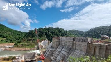 Chỉ đạo kiểm tra việc thực hiện công tác bảo vệ môi trường ở Dự án thủy điện Suối Choang