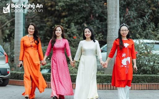 Phụ nữ Báo Nghệ An rạng rỡ với tà áo dài truyền thống