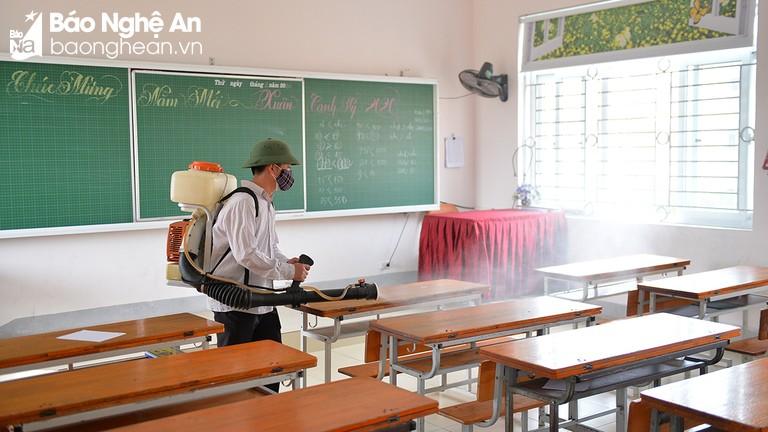 Các trường vẫn duy trì phòng dịch, đảm bảo môi trường an toàn sau khi nhập học trở lại