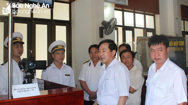 Tăng cường chia sẻ thông tin bệnh truyền nhiễm giữa 2 bên biên giới Việt - Lào