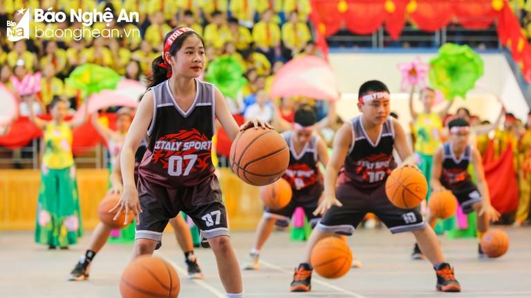 Những hình ảnh ấn tượng tại lễ khai mạc Hội khỏe Phù Đổng tỉnh Nghệ An