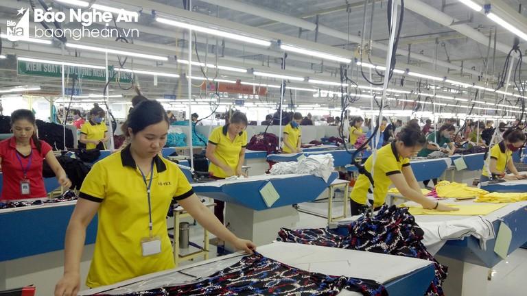 Thị xã Thái Hòa thu ngân sách 9 tháng đạt trên 102 tỷ đồng