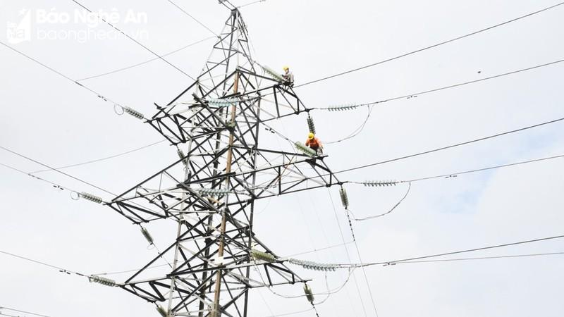 Công ty Điện lực Nghệ An chủ động triển khai các phương án an toàn điện mùa mưa bão