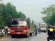 Va chạm với xe tải, cô gái tử vong trên đường đi làm