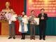 Trao Huân chương Lao động cho một số đồng chí ủy viên Ban Thường vụ, BCH Đảng bộ tỉnh