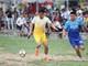 Thủ môn Nguyên Mạnh trổ tài ghi bàn, lập cú đúp bàn thắng trên sân làng