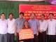Trao tiền hỗ trợ xây nhà tình nghĩa cho 6 thân nhân liệt sỹ