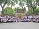 Hơn 150 thanh, thiếu niên kiều bào dâng hương tưởng niệm Chủ tịch Hồ Chí Minh