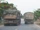 Nghệ An: Mất an toàn giao thông từ xe chở vật liệu rơi vãi