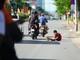 Chiêu xin tiền của những 'cái bang nhí' ở thành phố Vinh