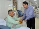 Lãnh đạo Sở Y tế Nghệ An thăm, động viên các bệnh nhân chạy thận đang gửi điều trị