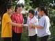 Thí sinh Nghệ An bước vào môn thi đầu tiên trong thời tiết nắng nóng