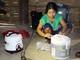Lần đầu tiên người dân bản Đan Lai dùng nồi cơm điện, tủ lạnh