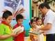 Gần 600 đầu sách tặng trường Tiểu học Quang Thành (Yên Thành)