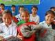 250 suất quà đến với học sinh và người nghèo vùng lòng hồ thủy điện Bản Vẽ