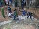 Sập giếng ở Nghệ An, 2 người bị vùi lấp