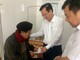 Trao quà Tết cho bệnh nhân nghèo và gia đình hoàn cảnh khó khăn