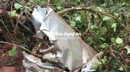 Cận cảnh những mảnh vỡ khu vực máy bay bị rơi ở Nghệ An